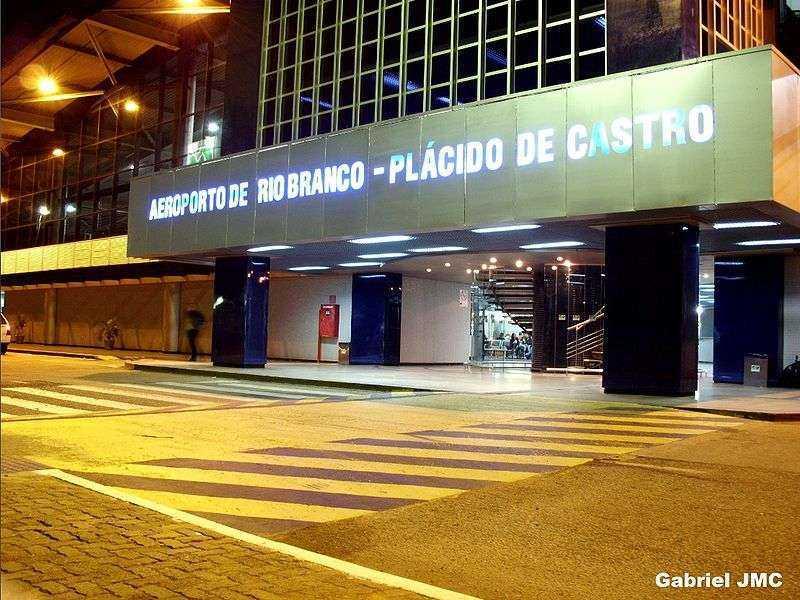 aeroportocapa800px-Aeroporto_de_Rio_Branco_-_Plcido_de_Castro