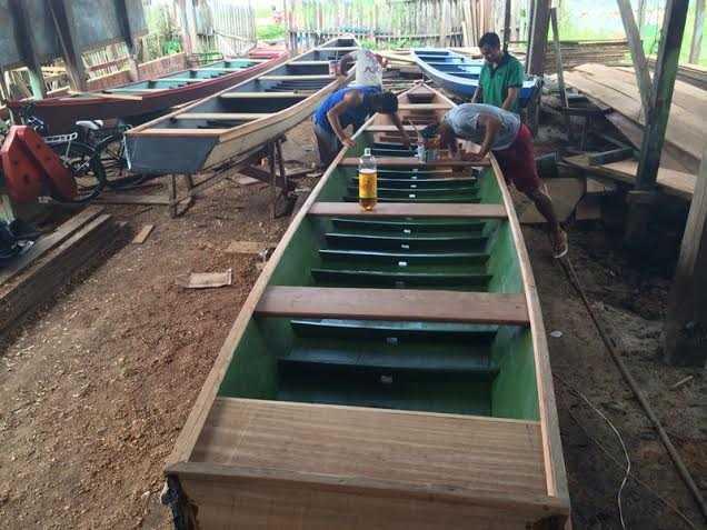 canoa tarauacá foto