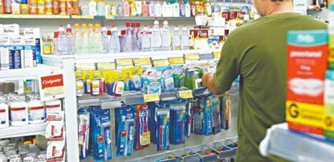 Farmácias poderão vender produtos de conveniência, decide ministro do STF