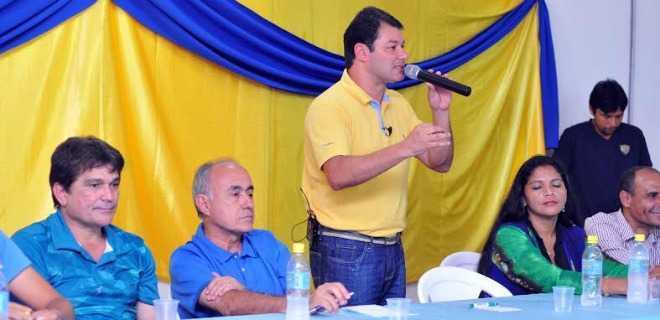 Duarte se solidariza com jovem morta e diz que vai propor redução da maioridade penal