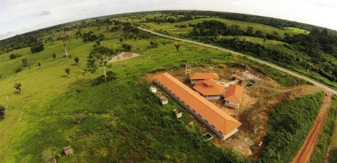 Com 4º melhor Ideb do Acre, Sena inaugura mega escola na zona rural