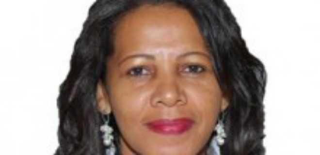 Injustiça com a secretária Lúcia Ribeiro: foi Marina quem se apelidou de 'carapanã', ao desdenhar de Dilma chamando-a de 'besouro gordo' (vídeo)