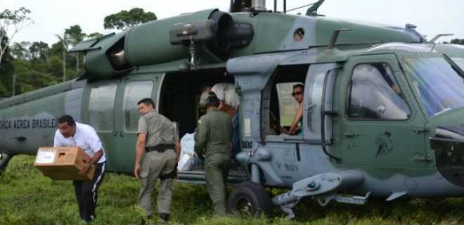 Força Aérea distribui urnas em 20 localidades no Acre