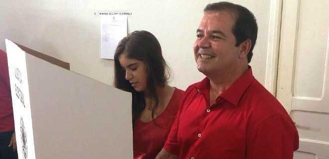 Tião Viana: 'Vamos ao 2º Turno…Amor ao Acre'