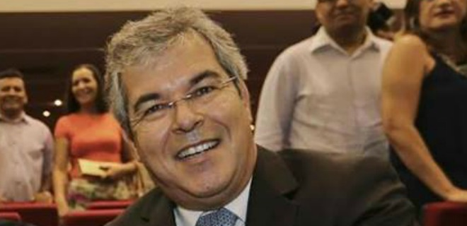 Jorge Viana sobre discurso de GladsonC no TRE: 'Arrogante, prepotente e candidato'