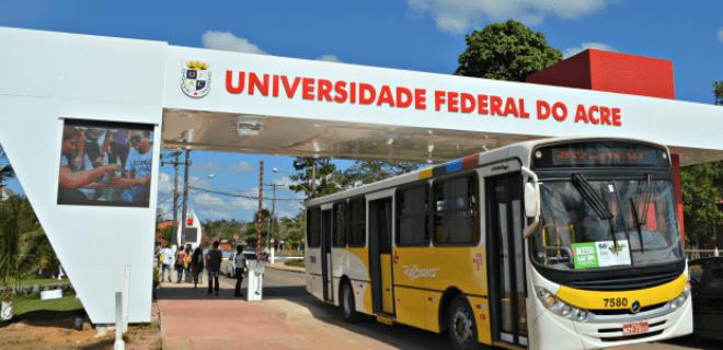 IBGE: Maioria nas universidades é de alunos de famílias pobres