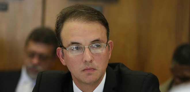 Deputado Leo do PT: 'Fortalecer a Petrobras é…'