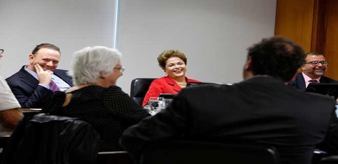 Brasília - DF, 14/04/2015. Presidenta Dilma Rousseff durante entrevista a blogueiros. Foto: Roberto Stuckert Filho/PR.