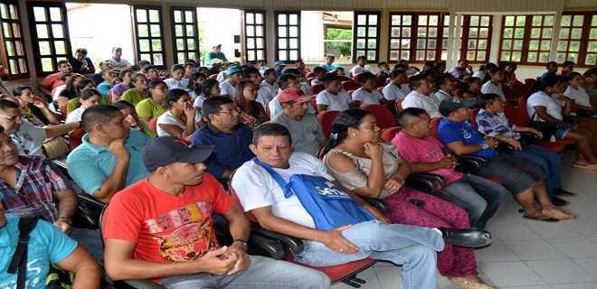 PT vai aos municípios isolados debater situação política
