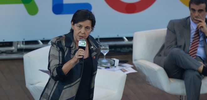 A ministra do Desenvolvimento Social, Tereza Campello lança o Dialoga Brasil, uma plataforma em que qualquer pessoa pode enviar sugestões a diversos programas e políticas sociais (Wilson Dias/Agência Brasil)