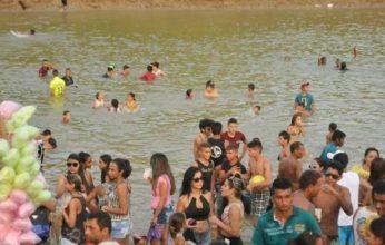 praia-do-amarílio1-346x220.jpg