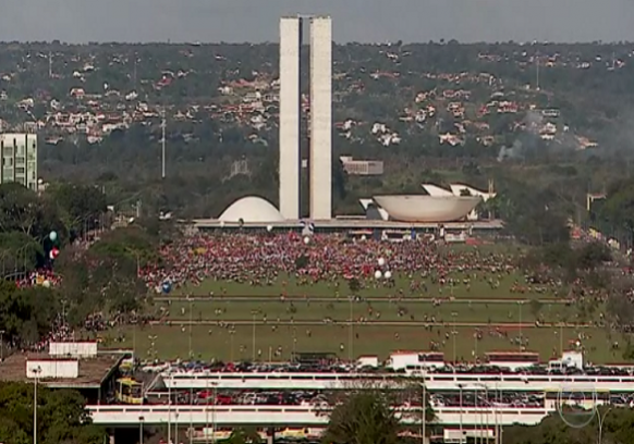 brasilia-manifestação-cap-582x408.png
