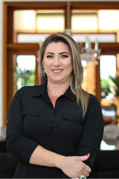 Luzia Costa, fundadora da Sóbrancelhas e Beryllos