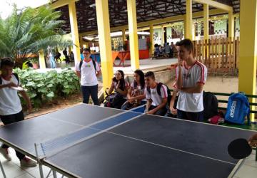 escola2-360x250.png